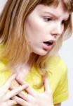 Болит спина возле лопатки