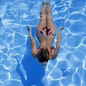 Плавання при остеохондрозі шийного відділу
